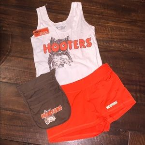Authentic Hooters uniform